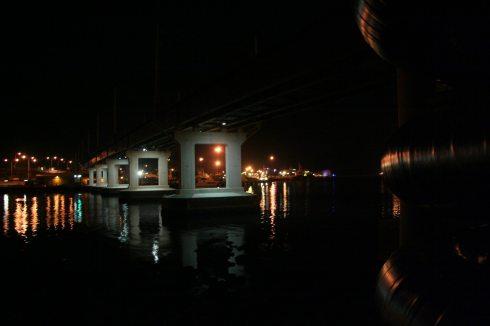 Fremantle Port, Mach 5. 2010, 04:15 WST